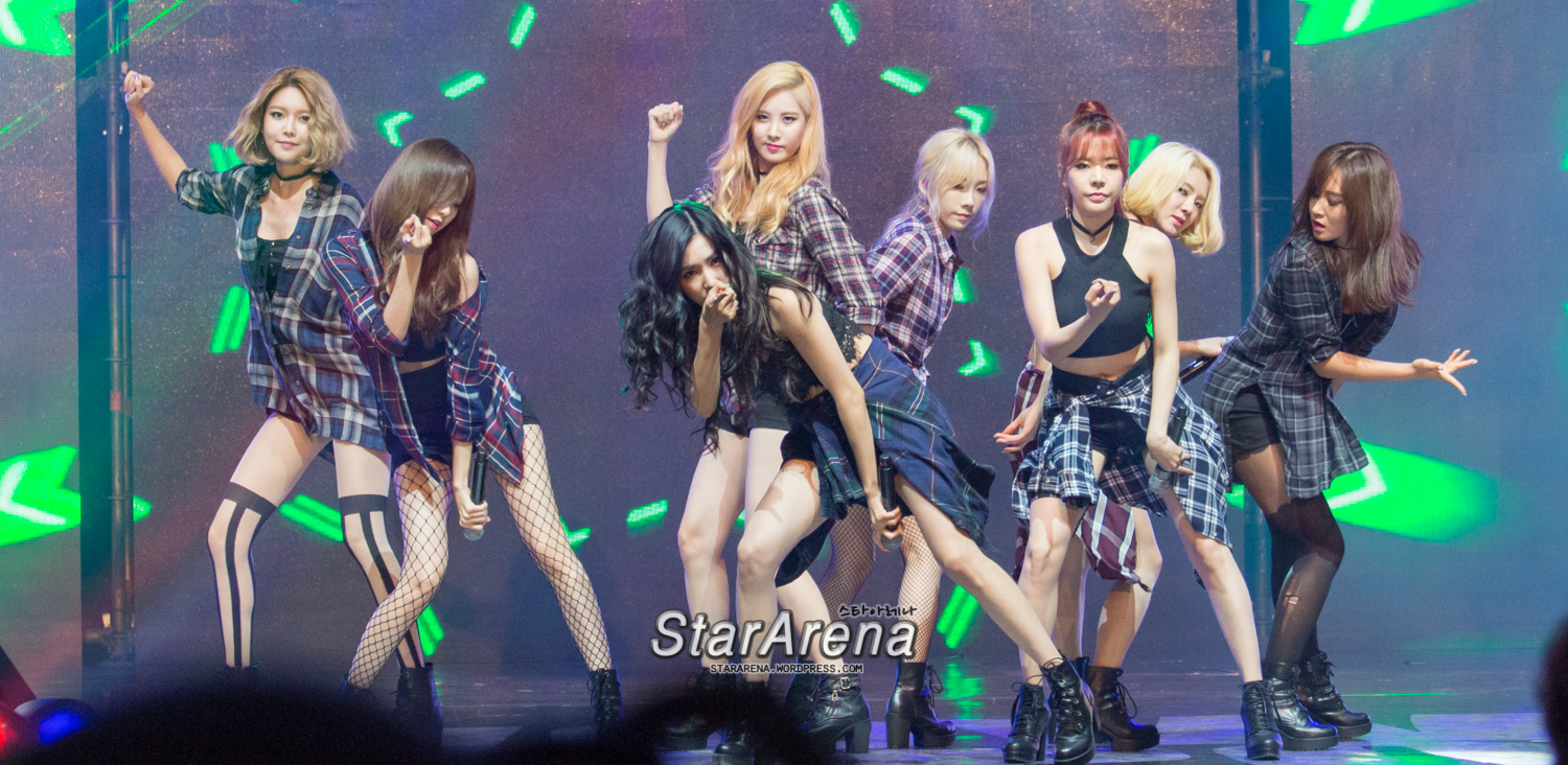 [HD Photo Coverage] SNSD at Tencent Kpop Live Concert ... Music Icon Images Hd