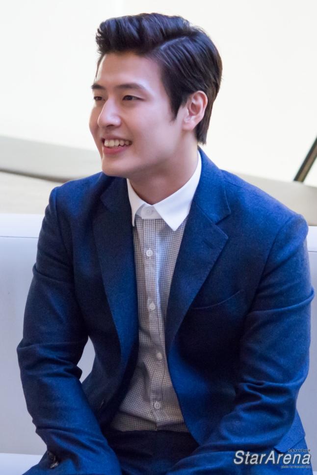 Kang Ha Neul-4