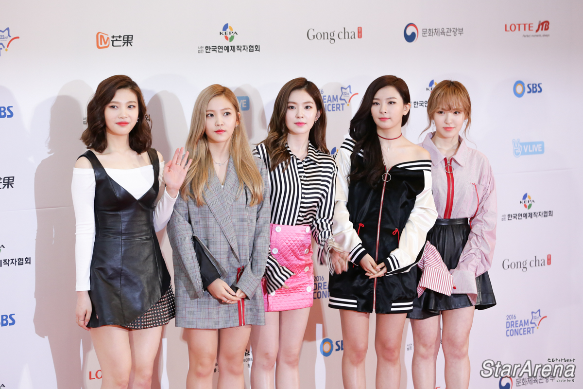 10 kpop groups who look stunning in red carpet ilovekstars