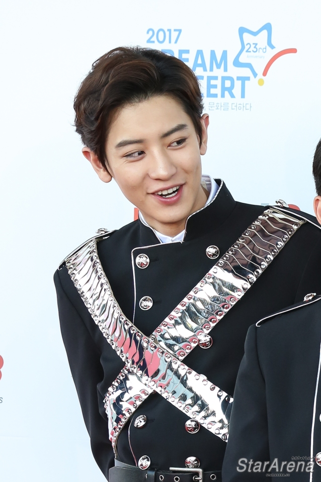 EXO Chanyeol-7