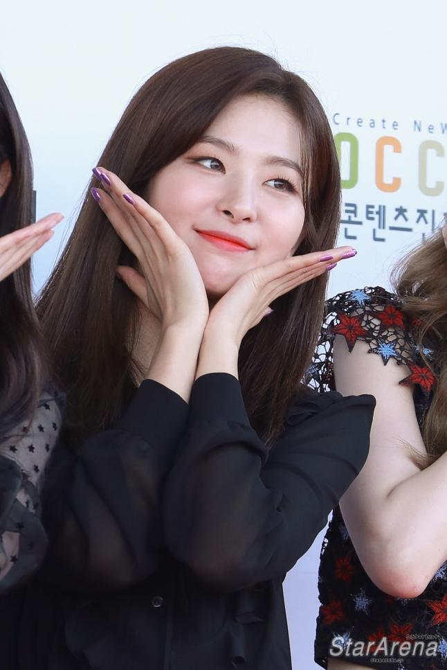 Red Velvet Seulgi-11