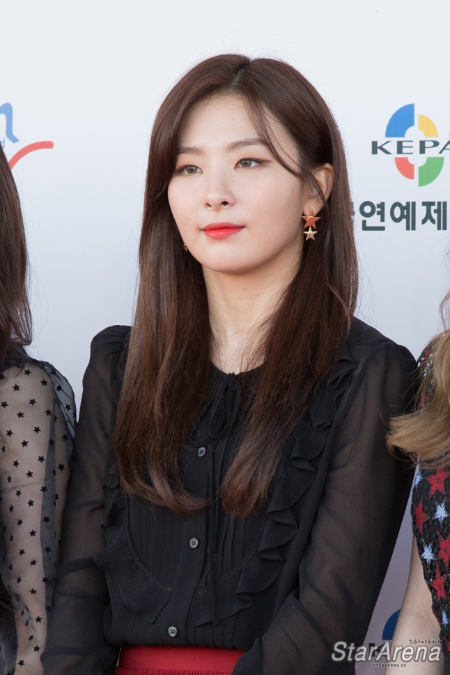 Red Velvet Seulgi-5