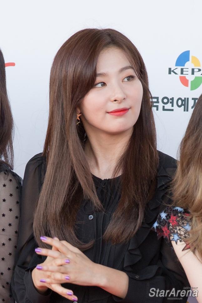 Red Velvet Seulgi-7