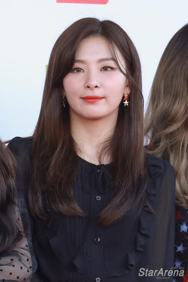 Red Velvet Seulgi-9